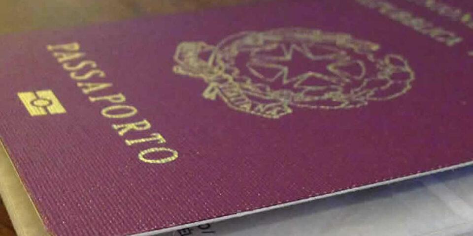 Hai smarrito i documenti all'estero? Ecco cosa fare