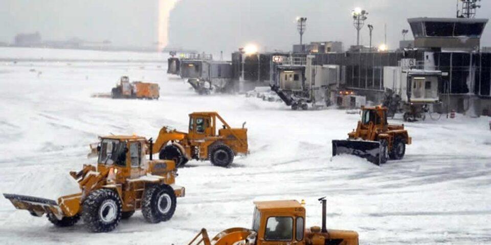 Voli cancellati negli aeroporti di Manchester e Liverpool per maltempo e neve – Diritti a rimborso