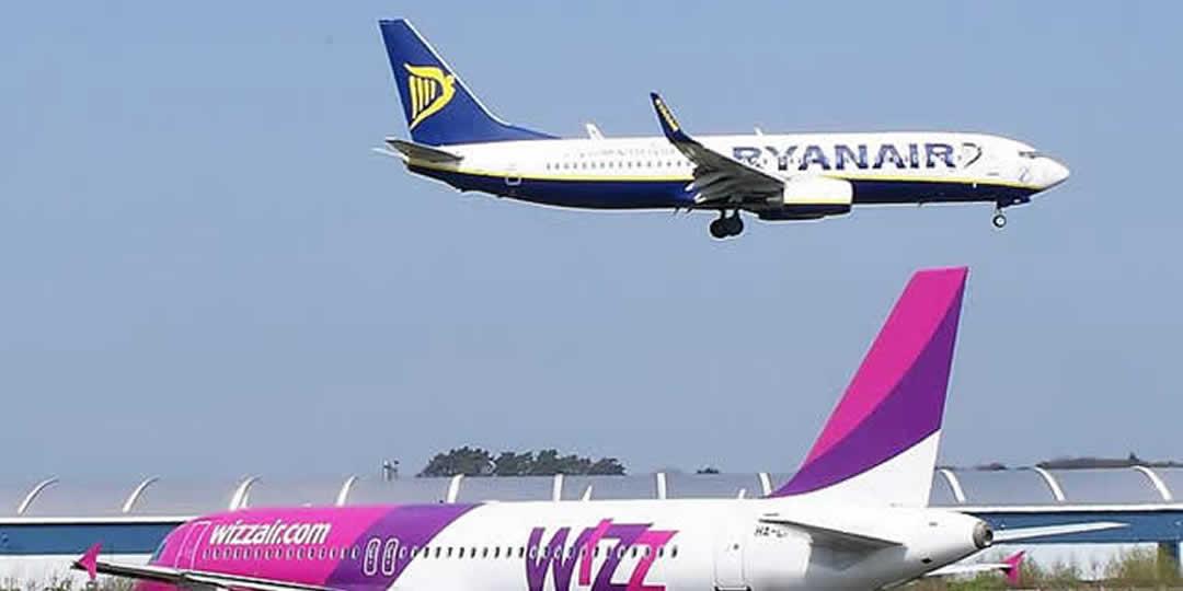Ryanair e Wizzair bacchettate dall'Antitrust